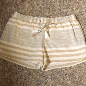 Perfect condition vineyard vines shorts